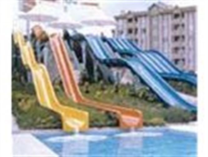 Her tarafı deniz olan şehrin havuz rehberi